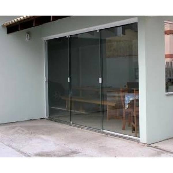 Fechamento com 3 Portas Vidraçaria no Jardim Faria Lima - Vidraçaria no ABC