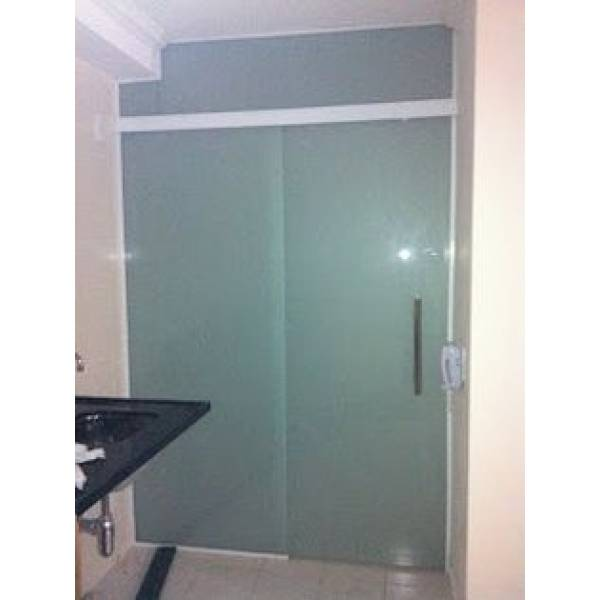 Fechamento em Vidro Temperado para Banheiro na Vila Firmiano Pinto - Fechar Lavanderia com Vidro Temperado
