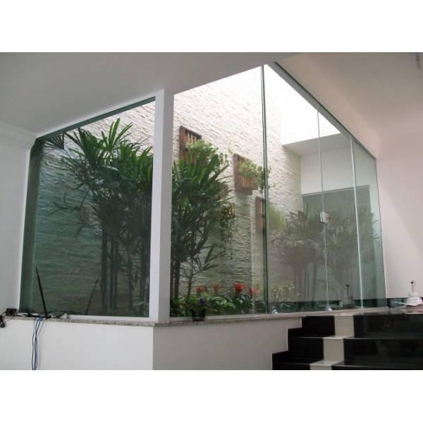 Fechamento em Vidro Temperado Preço no Jardim Julieta - Fechamento em Vidro Temperado na Grande SP